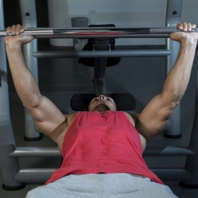 Bench Press with Perfect Form Featured Image