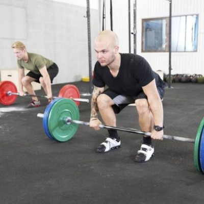 how to deadlift with free weights Featured Image